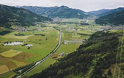 THEMENBILD - Blick entlang der Salzach mit dem Austrian Power Grid AG - Umspannwerk Tauern mit den Hochspannungsleitungen und das Dorf Fürth, aufgenommen am 04. Juni 2020 in Piesendorf, Österreich // View along the Salzach river with Austrian Power Grid AG - Tauern substation with the high-voltage lines and the village of Fuerth, Piesendorf, Austria on 2020/06/04. EXPA Pictures © 2020, PhotoCredit: EXPA/ JFK