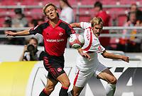 Fotball<br /> Bundesliga Tyskland<br /> Foto: Witters/Digitalsport<br /> NORWAY ONLY<br /> <br /> 12.08.2006<br /> <br /> v.l. Domnik Reinhardt, Daniel Bierofka VFB<br /> <br /> Bundesliga VfB Stuttgart - 1. FC Nürnberg