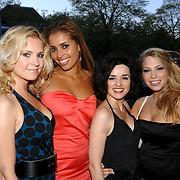 NLD/Amsterdam/20070418 - Cosmopolitan bestaat 25 jaar, Annelieke Bouwers, Lauretta Gerards, Katarina Justic en Sarah Chronis