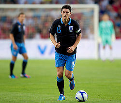 26.05.2012, Ullevaal Stadion, Oslo, NOR, UEFA EURO 2012, Testspiel, Norwegen vs England, im Bild England's Gareth Barry (Manchester City) in action against Norway during the Preparation Game for the UEFA Euro 2012 betweeen Norway and England at the Ullevaal Stadium, Oslo, Norway on 2012/05/26. EXPA Pictures © 2012, PhotoCredit: EXPA/ Propagandaphoto/ Vegard Grott..***** ATTENTION - OUT OF ENG, GBR, UK *****