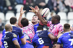 March 23, 2019 - Paris, France, FRANCE - Loic Jacquet (Castres) a la touche vs Sekou Macalou  (Credit Image: © Panoramic via ZUMA Press)