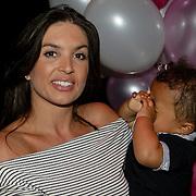 NLD/Amsterdam/20080612 - Presentatie nieuw blad Jackie Junior, Rosanna Lima en zoon Shane
