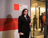 DEU, Deutschland, Germany, Berlin, 11.12.2017: Die Vorsitzende der SPD-Bundestagsfraktion, Andrea Nahles, bei einem Pressestatement vor Beginn der Fraktionssitzung der SPD im Deutschen Bundestag.