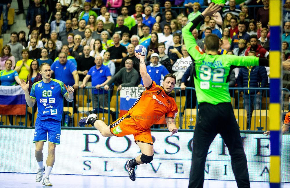 14-04-2019 SLO: Qualification EHF Euro Slovenia - Netherlands, Celje<br /> Evert Kooijman of Netherlands vs Rok Zaponsek of Slovenia during handball match between National teams of Slovenia and Netherlands in Qualifications of 2020 Men's EHF EURO