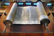 Nederland, Amsterdam, 4-4-2009In het Joods Historisch Museum ligt een Thora.Foto: Flip Franssen/Hollandse Hoogte