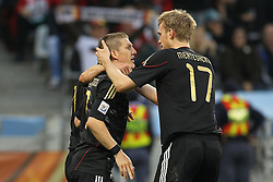 03.07.2010, CAPE TOWN, SOUTH AFRICA, im Bild .Sami Khedira, Miroslav Klose and Per Mertesacker of Germany congratulate Bastian Schweinsteiger of Germany on scoring during the Quarter Final, Match 59 of the 2010 FIFA World Cup, Argentina vs Germany held at the Cape Town Stadium.Foto ©  nph /  Kokenge