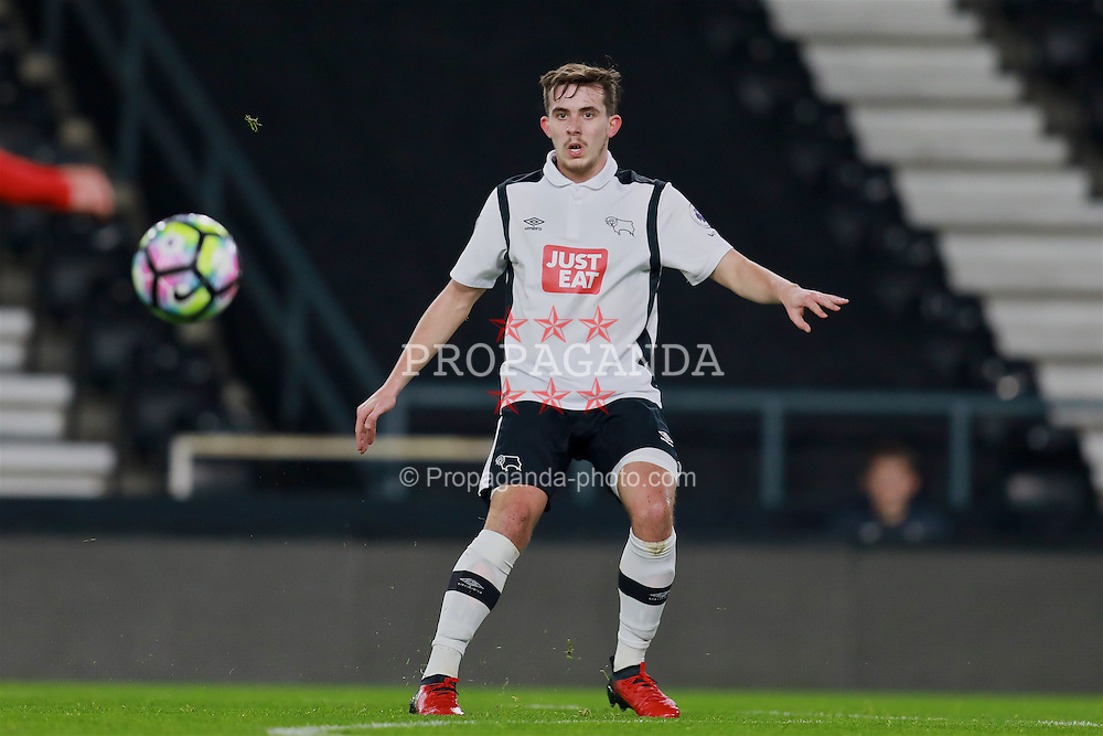 DERBY, ENGLAND - Monday, November 28, 2016: Derby County's Jamie Hanson in action against Liverpool during the FA Premier League 2 Under-23 match at Pride Park. (Pic by David Rawcliffe/Propaganda)
