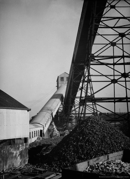 Brunner Mond Chemical Works, Winnington, Cheshire, England, 1928