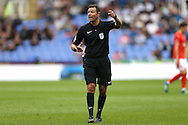 Referee James Linington in action. EFL Skybet  championship match, Reading  v Huddersfield Town at The Madejski Stadium in Reading, Berkshire on Saturday 24th September 2016.<br /> pic by John Patrick Fletcher, Andrew Orchard sports photography.