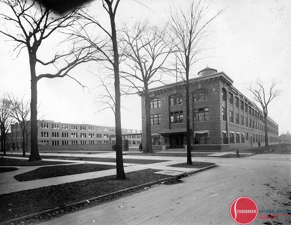 c.1910 view of the Studebaker Corporation's Piquette Avenue plant in Detroit.