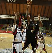 DESCRIZIONE : Lodi Lega A2 2009-10 Campionato UCC Casalpusterlengo - Riviera Solare RN<br /> GIOCATORE : Michael Bernard<br /> SQUADRA : Riviera Solare RN<br /> EVENTO : Campionato Lega A2 2009-2010<br /> GARA : UCC Casalpusterlengo Riviera Solare RN<br /> DATA : 14/03/2010<br /> CATEGORIA : Tiro<br /> SPORT : Pallacanestro <br /> AUTORE : Agenzia Ciamillo-Castoria/D.Pescosolido