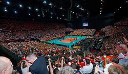 15-09-2019 NED: EC Volleyball 2019 Netherlands - Poland, Rotterdam<br /> First round group D - Poland win 3-0 / Orange fan support, view Ahoy Centercourt