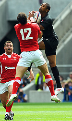Photo © SPORTZPICS / SECONDS LEFT IMAGES 2011 - Rugby Union - Investic - World Cup warm up game - England V Wales - 06/08/11 - England's Delon Armitage outjumps Wales' Jamie Roberts - at Twickenham Stadium UK - All rights reserved