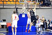 DESCRIZIONE : Paladesio Eurolega Eurolegue 2013-14 EA7 Emporio Armani Milano-Brose Baskets Bamberg<br /> GIOCATORE : Velickovic Novica<br /> SQUADRA :  Brose Baskets Bamberg<br /> CATEGORIA : Tiro<br /> EVENTO : Eurolega 2013-2014<br /> GARA :  EA7 Emporio Armani Milano-Brose Baskets Bamberg<br /> DATA : 13/12/2013<br /> SPORT : Pallacanestro<br /> AUTORE : Agenzia Ciamillo-Castoria/I.Mancini<br /> Galleria : Eurolega 2013-2014<br /> Fotonotizia : Milano Eurolega Eurolegue 2013-14  EA7 Emporio Armani Milano Brose Baskets Bamberg<br /> Predefinita :