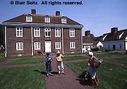 Pennsbury Manor, Delaware River, Philadelphia, Pennsylvania, Wm Penn home English garden, Gardeners, Colonial Garb