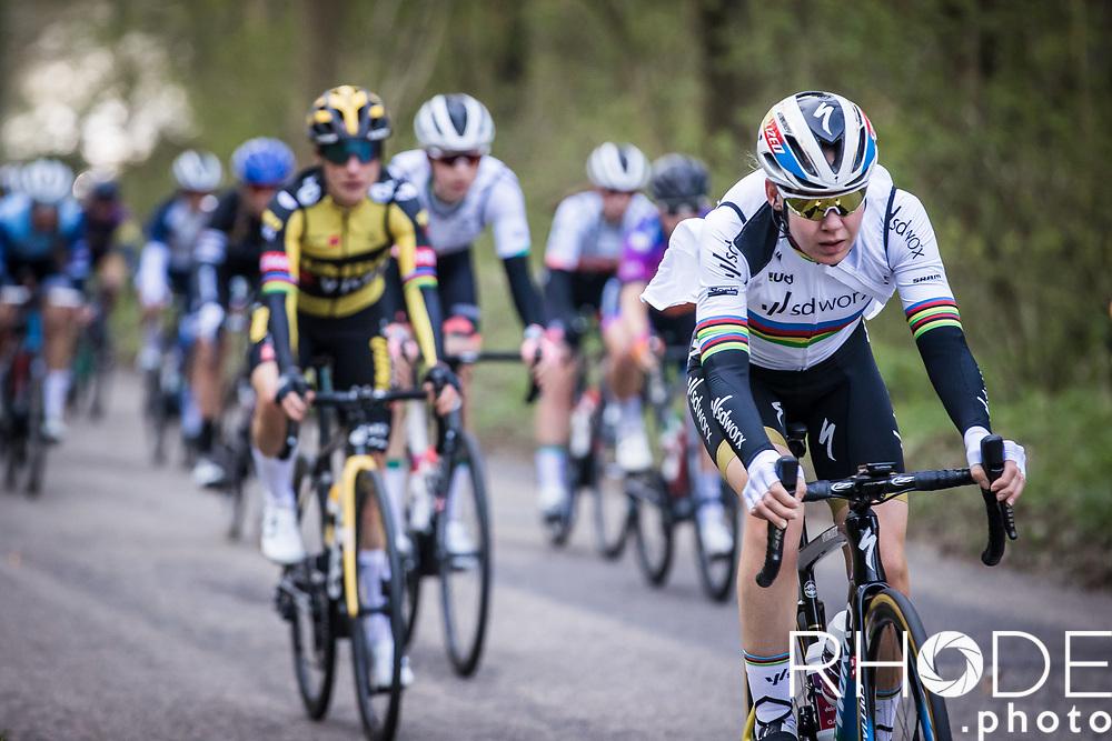 World Champion Anna van der Breggen (NED/SD Worx) descending in the bunch. <br /> <br /> 7th Amstel Gold Race Ladies Edition <br /> Valkenburg > Valkenburg 116km<br /> <br /> ©RhodePhoto