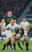Twickenham, United Kingdom.  Mike BROWN about to Wrap up Pat LAMBIE, during the Old Mutual Wealth Series match: England vs South Africa, at the RFU Stadium, Twickenham, England, Saturday, 12.11.2016<br /> <br /> [Mandatory Credit; Peter Spurrier/Intersport-images]