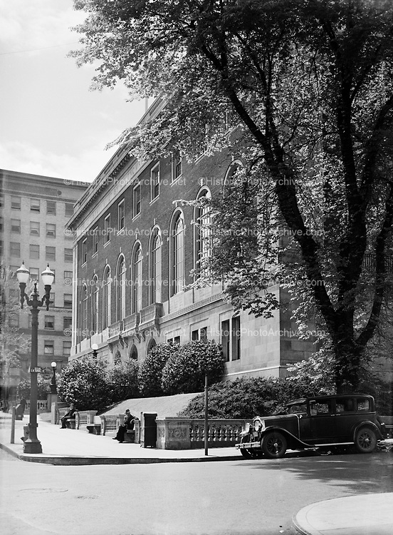 9969-2398. Portland Public Library from Yamhill Street side. April 26, 1936.