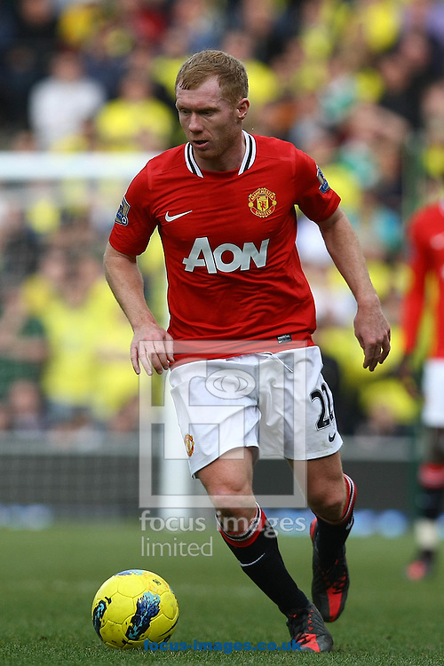 Picture by Paul Chesterton/Focus Images Ltd.  07904 640267.26/02/12.Paul Scholes of Man Utd in action during the Barclays Premier League match at Carrow Road Stadium, Norwich.