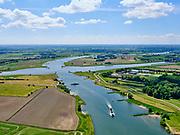 Nederland, Gelderland, Wijk bij Duurstede, 27-05-2020; ingang Amsterdam-Rijnkanaal, gezien vanaf kruising met rivier de Lek (voorgrond). Nog juist zichtbaar de Prinses Irenesluizen. Zwaaikommen voor het keren van schepen<br /> Entrance Amsterdam-Rijnkanaal, seen from the crossing with the river Lek. Winding places for turning ships.<br /> <br /> luchtfoto (toeslag op standaard tarieven);<br /> aerial photo (additional fee required)<br /> copyright © 2020 foto/photo Siebe Swart