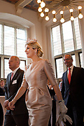 Koning en koningin bezoeken Noordrijn-Westfalen. <br /> Koning Willem Alexander en Koningin Maxima brengen een bezoek aan het Zentrum Niederlande-Studien<br /> <br /> King and Queen visit North Rhine-Westphalia.<br /> King Willem Alexander and Queen Maxima  visit the Zentrum Niederlande-Studien<br /> <br /> Op de foto / On the photo:  <br /> <br />  Koning Willem Alexander en Koningin Maxima in het Zentrum Niederlande-Studien<br /> <br /> King Willem Alexander and Queen Maxima in the Zentrum Niederlande-Studien