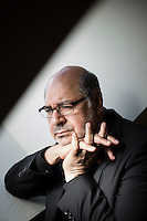 Oslo, Norge, 16.08.2016. Walid al-Kubaisi er en norsk-irakisk forfatter, skribent, sivilingeniør og politisk flyktning, bosatt i Norge. Foto: Christopher Olssøn.