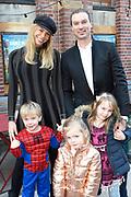 Premiere van de  nieuwste Aardman studios film Early Man in Het Ketelhuis te Amsterdam.<br /> <br /> Op de foto:  Nicolette Kluijver en partner Joost Staudt met haar twee dochters Isabella , Ana-Sofia Isabella en zoon Jesse Joosten