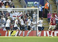 Fotball<br /> Em 2005 kvinner<br /> 08.06.2005<br /> England v Danmark<br /> Foto: SBI/Digitalsport<br /> NORWAY ONLY<br /> <br /> Denmark's Merete Pedersen curls a freekick int to the top corner to equalise for her team