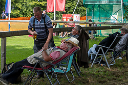 Relaxing fans<br /> Driving European Championship <br /> Donaueschingen 2019<br /> © Hippo Foto - Stefan Lafrentz<br /> Relaxing fans