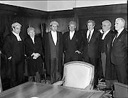 An Tanaiste Called To The Bar.  (P2)..1981..16.11.1981..11.16.1981..16th November 1981..An Tanaiste, Mr Michael O'Leary TD was called to the Bar at The Supreme Court in Dublin today...Image shows An Tanaiste Michael O'Leary (3rd left) after he was called to the Bar today. included in the picture are Attorney General, Peter Sutherland, Justice Henchy, An Taoiseach, Garret Fitzgerald and Chief Justice, Michael O'Higgins.