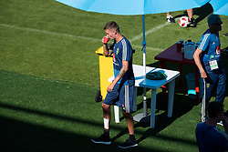 July 4, 2018 - Gelendzhik, Russia - 180704 Mikael Lustig of the Swedish national football team at a practice session during the FIFA World Cup on July 4, 2018 in Gelendzhik..Photo: Petter Arvidson / BILDBYRN / kod PA / 92081 (Credit Image: © Petter Arvidson/Bildbyran via ZUMA Press)