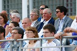16-07-2014 NED: FIVB Grand Slam Beach Volleybal, Apeldoorn<br /> Burgemeester John Berends van Apeldoorn, Hans Nieukerke, Nevobo<br /> ©2014-FotoHoogendoorn.nl / Pim Waslander