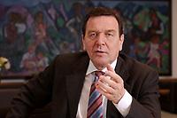 09 JAN 2002, BERLIN/GERMANY:<br /> Gerhard Schroeder, SPD, Bundeskanzler, waehrend einem Interiew, in seinem Buero, Bundeskanzleramt<br /> Gerhard Schroeder, SPD, Federal Chancellor of Germany, during an interview, in his office<br /> IMAGE: 20020109-02-016<br /> KEYWORDS: Gerhard Schröder