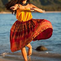 Alii Kai Dancers on Waikiki Beach