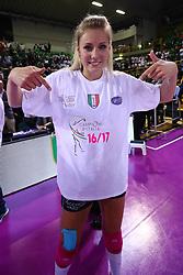 11-05-2017 ITA: Finale Liu Jo Modena - Igor Gorgonzola Novara, Modena<br /> Novara heeft de titel in de Italiaanse Serie A1 Femminile gepakt. Novara was oppermachtig in de vierde finalewedstrijd. Door een 3-0 zege is het Italiaanse kampioenschap binnen. / Laura Dijkema #14<br /> <br /> ***NETHERLANDS ONLY***