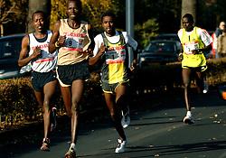 18-11-2007 ATLETIEK: ZEVENHEUVELENLOOP: NIJMEGEN<br /> Eshetu Wendimu, Benjamin Kiplagat, Sileshi Sihine en Bernard Kipyego<br /> ©2007-WWW.FOTOHOOGENDOORN.NL