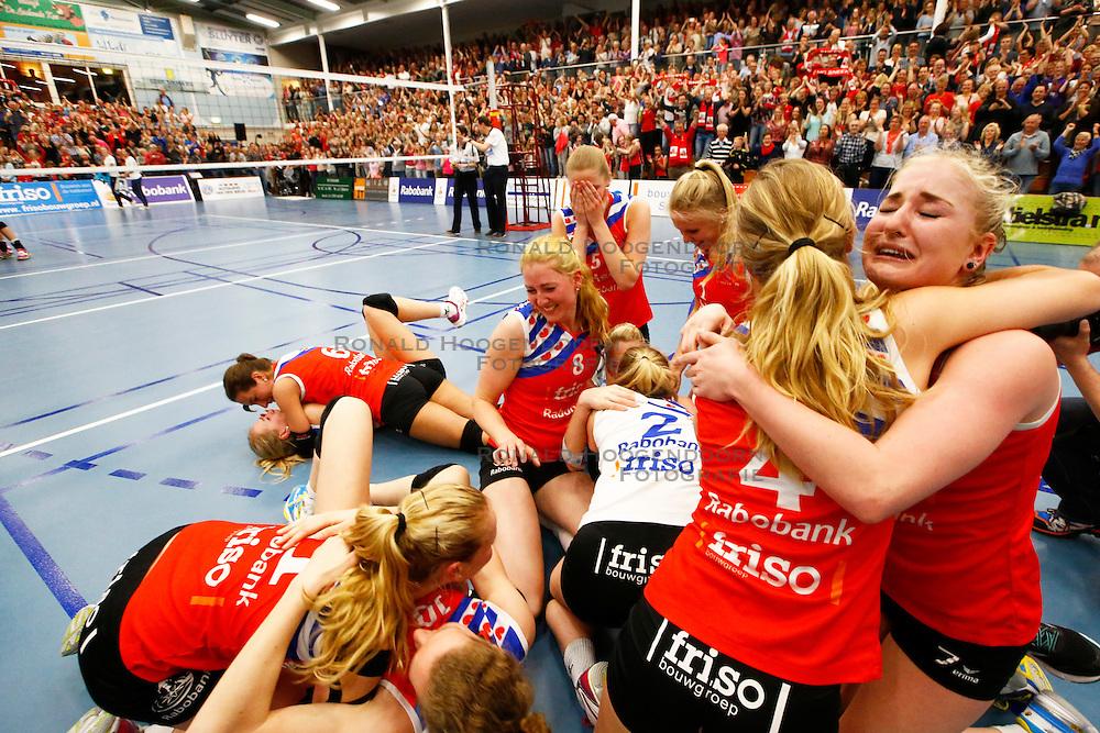 20150425 NED: Eredivisie VC Sneek - Eurosped, Sneek<br />VC Sneek Nederlands Kampioen 2014 - 2015<br />©2015-FotoHoogendoorn.nl / Pim Waslander