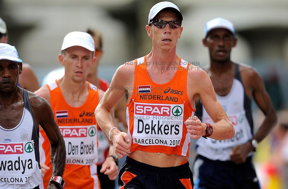 01-08-2010 ATLETIEK: EUROPEAN ATHLETICS CHAMPIONSHIPS: BARCELONA <br /> Rens Dekkers and Hugo van den Broek NED are 13th and 14th in the marathon. <br /> ©2010-WWW.FOTOHOOGENDOORN.NL