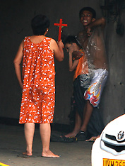 JUL 21 2012  Hostage of a nine-year-old boy
