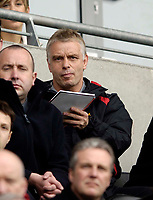 Photo: Jed Wee.<br /> Hull v Wigan Warriors. Engage Super League. 30/04/2006.<br /> <br /> Wigan coach Brian Noble takes notes on his team's first half performance.