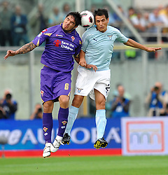 18.09.2010, Stadio Artemio Franchi, Florenz, ITA, Serie A, AC Florenz vs Lazio Rom, im BildSergio VARGAS Fiorentina, Cristian LEDESMA Lazio.EXPA Pictures © 2010, PhotoCredit: EXPA/ InsideFoto/ Andrea Staccioli +++++ ATTENTION - FOR USE IN AUSTRIA / AUT AND SLOVENIA / SLO ONLY +++++... / SPORTIDA PHOTO AGENCY