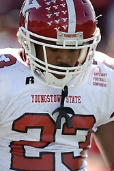 28 October 2006: Marcus Mason.&#xD;Youngstown State turned off over 15,000 fans as the win blew their way, cooling off Illinois State 27-13. Nationally ranked teams Youngstown State Penguins and Illinois State Redbirds competed at Hancock Stadium on the campus of Illinois State University in Normal Illinois.<br />