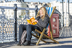 November 2, 2018 - Brighton, East Sussex, United Kingdom - Brighton, UK. Members of the public enjoy the mild and sunny weather by spending time on the beach in Brighton and Hove. (Credit Image: © Hugo Michiels/London News Pictures via ZUMA Wire)