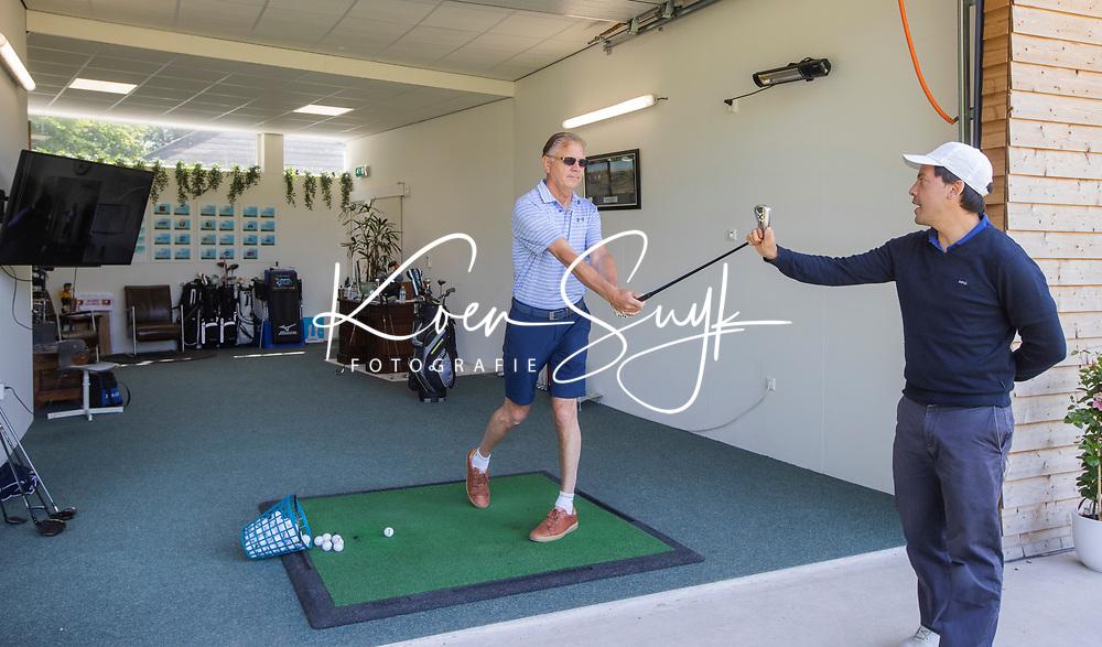 BRIELLE - Golfles, Pro, luxe, leslokaal, driving range, Tammo Murris. Kleiburg , golfbaan.  COPYRIGHT KOEN SUYK