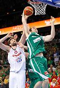 DESCRIZIONE : Kaunas Lithuania Lituania Eurobasket Men 2011 Quarter Final Round Spagna Slovenia Spain Slovenia<br /> GIOCATORE : <br /> CATEGORIA : <br /> SQUADRA : Slovenia<br /> EVENTO : Eurobasket Men 2011<br /> GARA : Spagna Slovenia Spain Slovenia<br /> DATA : 14/09/2011<br /> SPORT : Pallacanestro <br /> AUTORE : Agenzia Ciamillo-Castoria/L.Kulbis<br /> Galleria : Eurobasket Men 2011<br /> Fotonotizia : Kaunas Lithuania Lituania Eurobasket Men 2011 Quarter Final Round Spagna Slovenia Spain Slovenia<br /> Predefinita :