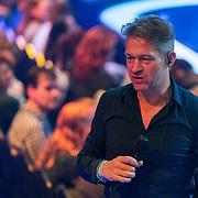 NLD/Baarn/20180410 - 2018 finale 'It Takes 2, publiek opwarmer