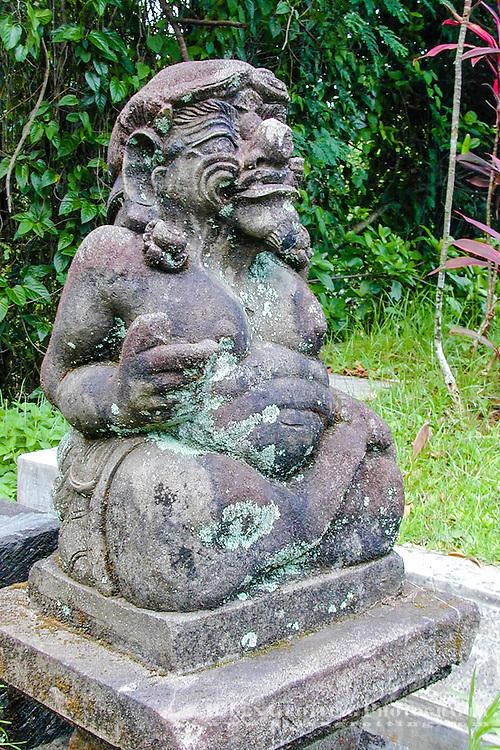 Bali, Tabanan. Small balinese statue.