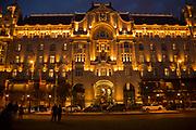 Eastern Europe, Hungary, Budapest, Royal Palace (Kiralyi palota) at night,
