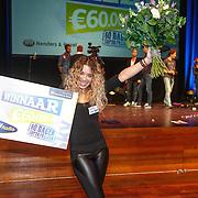 NLD/Bussum/20151106 - Sky Radio's 60 Dagen Superprijzen stoelendans actie, winnares