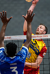 Jeroen Rauwerink of Dynamo in action during the cupfinal between Amysoft  Lycurgus vs. Draisma Dynamo on April 18, 2021 in sports hall Alfa College in Groningen